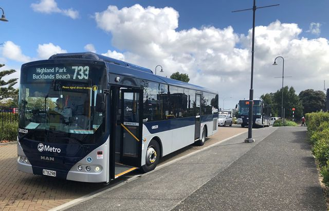 Student's petition leads revolt at East Auckland bus changes