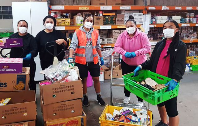 Auckland food banks struggle to keep up with the demand due to Covid-19