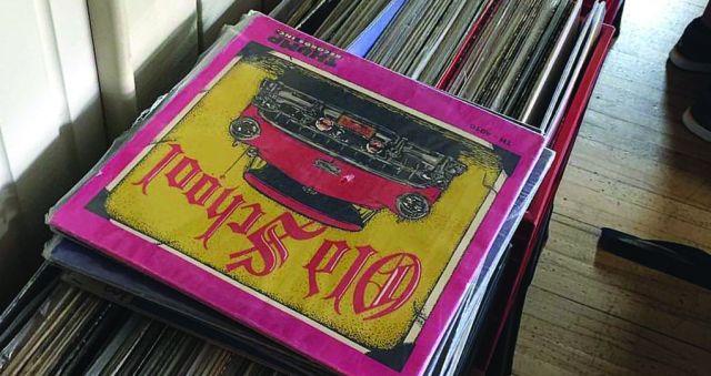 DJs turn back time