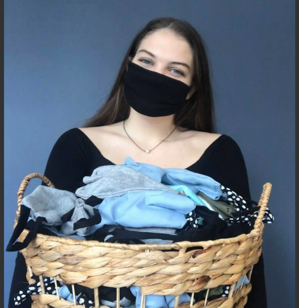 Aucklanders in a stitch fix up face masks for Covid-19 protection