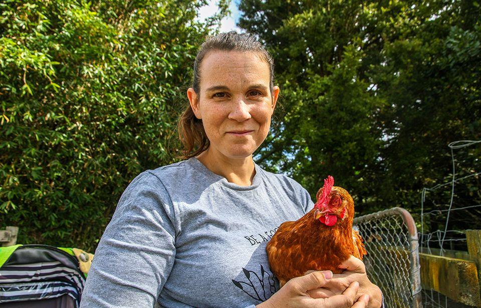 Chicken rescuers: Stop buying eggs